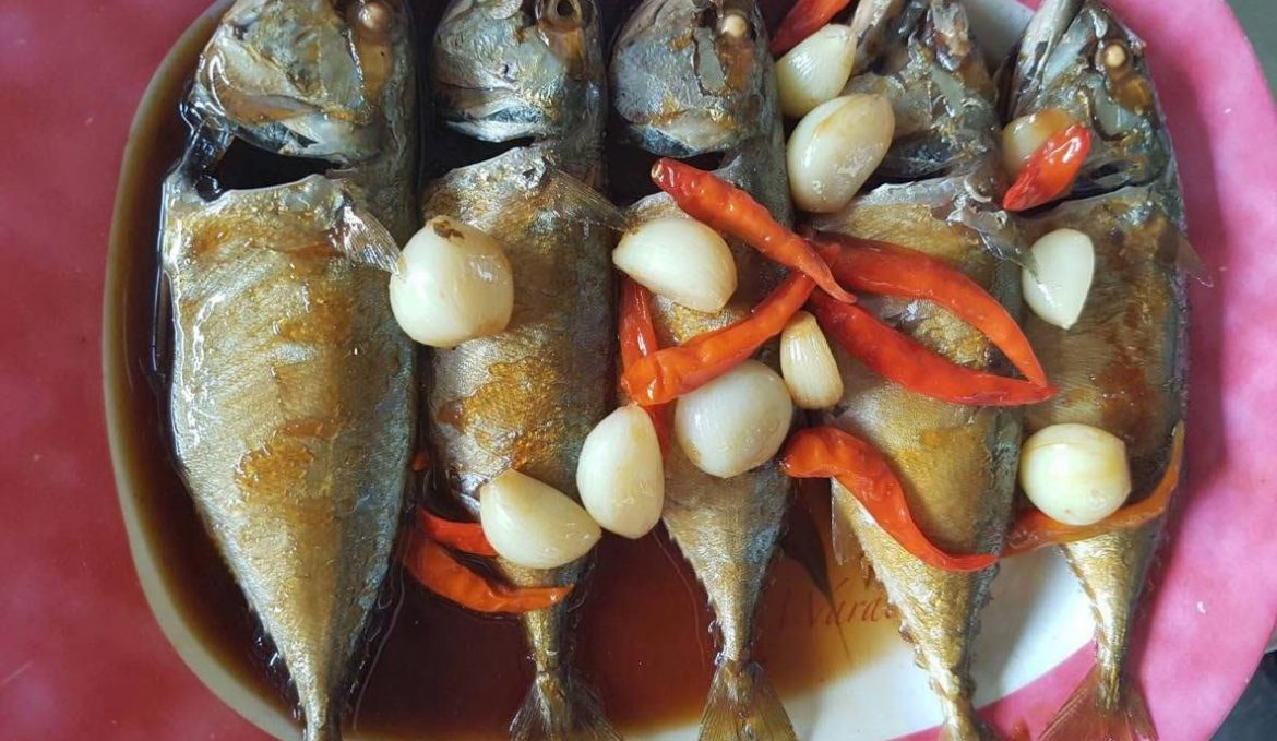 Mackerel Cooked in a Traditional Samutsongkrams Style
